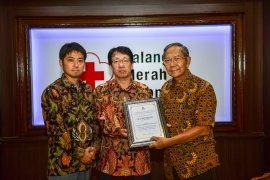 Mitsubishi salurkan bantuan melalui PMI untuk korban bencana di Sulawesi Tengah