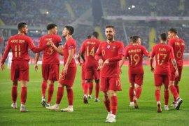 Portugal tundukkan Polandia 3-2