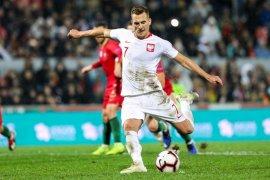 Polandia Tahan Imbang Portugal 1-1