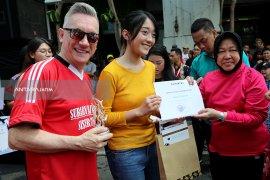 Pemkot Surabaya Beri Penghargaan Pahlawan Ekonomi dan Pejuang Muda Berprestasi