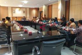 DPRD Kalbar pelajari penanganan jemaah haji Bengkulu
