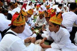 Festival Endhog-endhogan tradisi warga Banyuwangi sambut Maulid Nabi