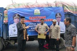 Gubernur lepas bantuan korban banjir Aceh Tenggara
