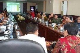 Menpan-RB temui pimpinan daerah Maluku bahas CPNS