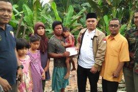 Pemuda Muhammadiyah Sumut rehab rumah warga miskin