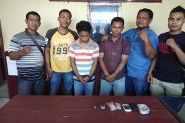 Polisi Langkat ringkus dua pengedar sabu-sabu