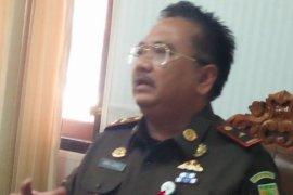 Kejati Maluku kejar terpidana kasus korupsi
