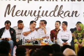 Presiden tegaskan besarnya peran ibu menjaga persatuan bangsa