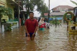 Hujan terus menerus, Kota Palembang dikepung banjir