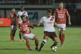 PSM rebut puncak klasemen usai kalahkan Bali United