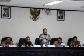 Komisi II DPR RI Mendorong PTPN VII Agar Memperbaiki Kinerja
