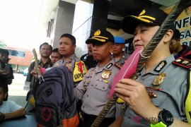 Pasangan pengantin baru pembunuh bayi ditangkap