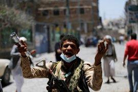 Pemberontak Yaman Hentikan Serangan Rudal Ke Saudi, Siap Berdamai