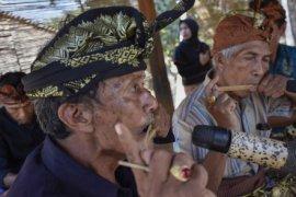 Musik Tradisional Genggong Lombok Page 1 Small