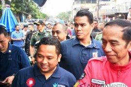 Presiden RI, Joko WIdodo sidak bahan kebutuhan pokok di pasar di Kota Tangerang