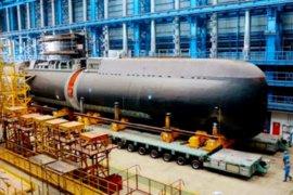 Kapal selam produksi dalam negeri diluncurkan