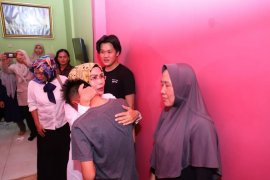 Bupati Serang Kunjungi Keluarga Korban Lion Air
