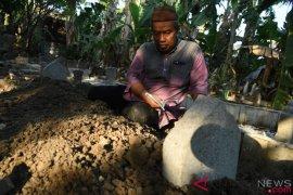 Penyelam Sachrul Anto dimakamkan di Surabaya