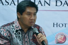 Kebijakan Menko Perekonomian tidak pro UMKM, kata Maruarar