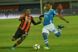 Patrich Wanggai dinilai Gomes pemain berbahaya bagi Persija