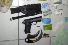 Perwira TNI Gadungan Terjerat UU Darurat