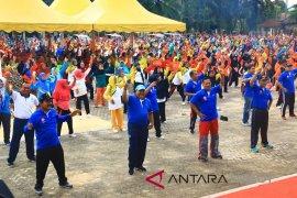 Wali Kota Sibolga motivasi masyarakat hidup sehat