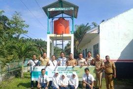 Asian Agri bantu sanitasi sekolah dI Labuhanbatu Selatan