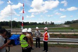 Di Lampung  Presiden Jokowi lintasi tol Trans Sumatera