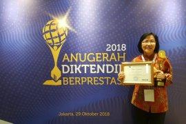 Dosen FK-UI raih penghargaan terbaik 2018