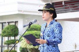 Tjhai Chui Mie perintahkan PUPR segera perbaiki kerusakan jalan di Singkawang