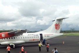Penerbangan Garuda Terlambat di Bandara Notohadinegoro Jember Akibat Cuaca