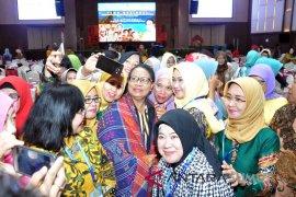 Mahasiswa Unja asal Papua senang dikunjungi Menteri Yohana