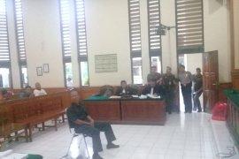 Keterangan saksi sudutkan terdakwa pengancaman petugas Satpol PP Bali