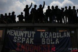Persepakbolaan Indonesia terkadang irasional