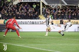 Pecundangi Fiorentina, Juve unggul 11 poin di puncak