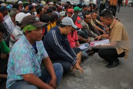 Polrestabes Surabaya Jaring Ratusan Juru Parkir Liar