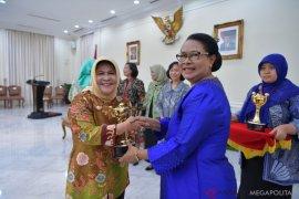 Pemkab Bogor terima penghargaan APE kategori utama
