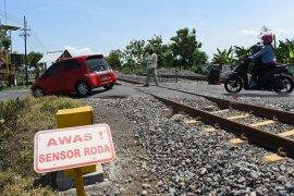 Warga diminta lebih waspada melintasi jalur ganda kereta api