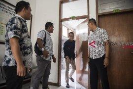 Sidang perdana suap Fahmi Darmawansyah