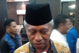 Wali Kota Ternate raih anugrah kencana BKKBN