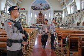 Polrestabes Surabaya Jamin Keamanan Ibadah Natal