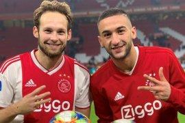 """Ajax """"cuma"""" menang 4-1 atas PEC Zwolle"""