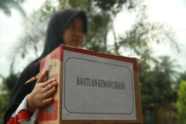 Gojek kirim bantuan korban tsunami Selat Sunda