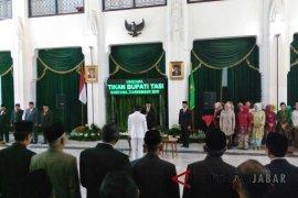 Gubernur Jabar lantik Ade Sugianto jadi Bupati Tasikmalaya
