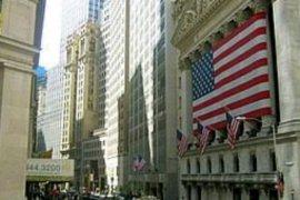 Wall Street turun tipis karena dukungan data PDB AS lebih baik