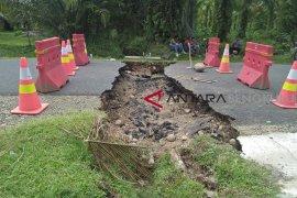 Dinas PUPR Mukomuko bangun jalan ambles tahun depan