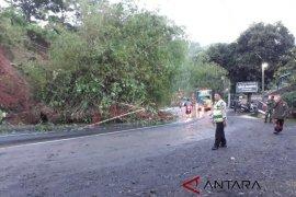 Arus kendaraan lintas Malangbong kembali normal dua arah