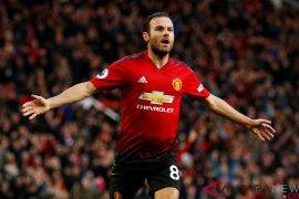 Messi setujui Juan Mata berlabuh ke Barca