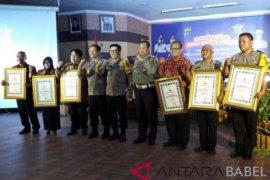 Polda Babel berikan penganugerahan Road Safety Award kepada instansi-tokoh masyarakat