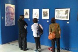 "Alumni seni rupa ITB gelar pameran 'Drawing Dialog"""
